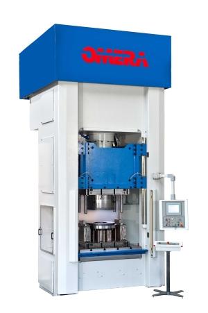 Poznaj ofertę pras hydraulicznych bramowych Omera z naciskiem 200 ton w BTC Maszyny!